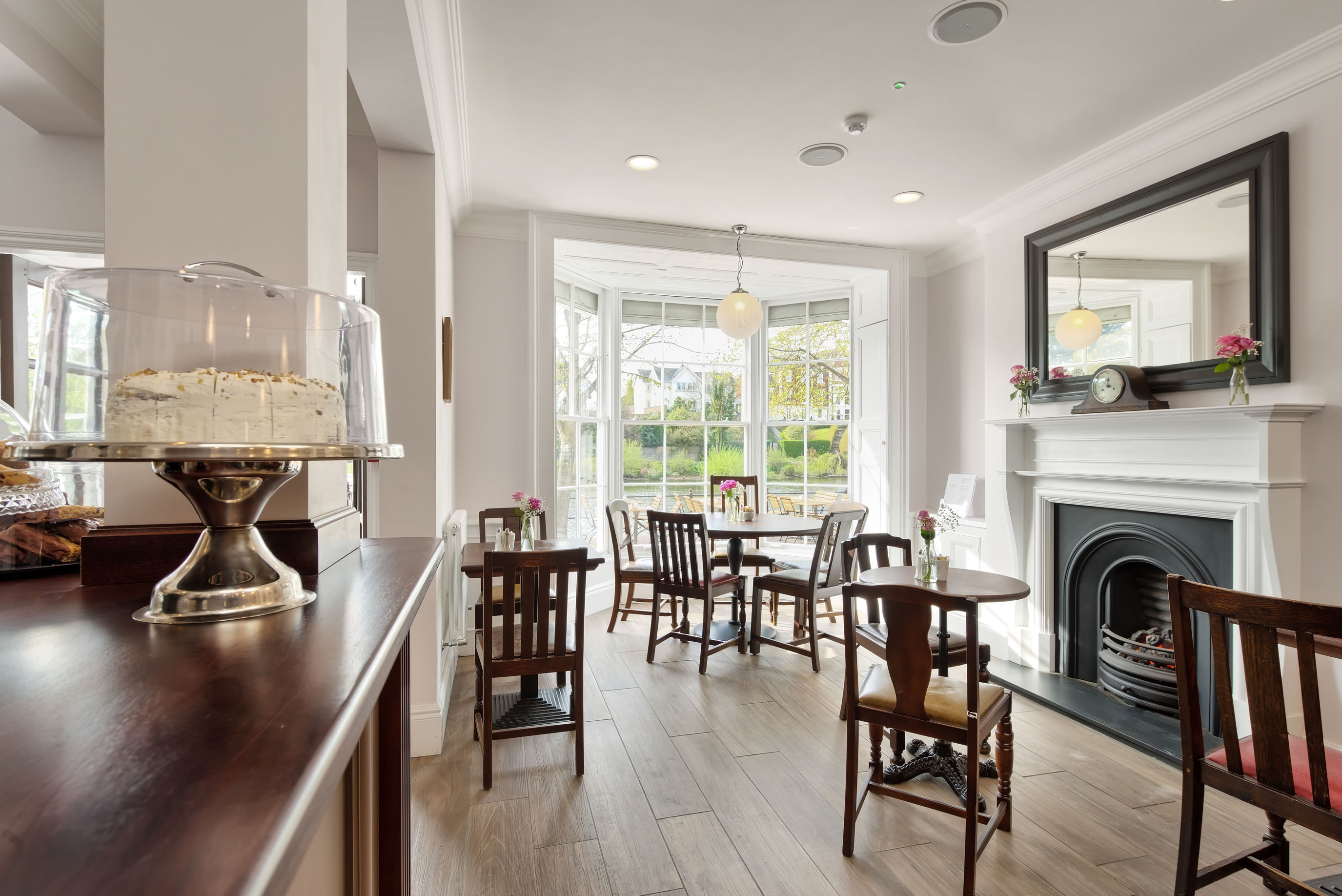 The Moorings. A project by James Roberts Interior Design Practice